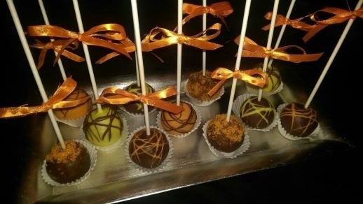 Divine Desserts Cake Pops